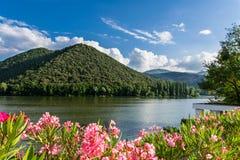 湖Piediluco 库存图片
