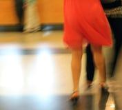 Piedini di dancing della donna Fotografie Stock
