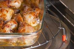 Piedini di pollo su un piatto di vetro Immagini Stock Libere da Diritti