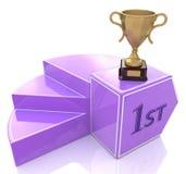 Piedistallo con la tazza di campioni del trofeo dell'oro Immagine Stock