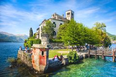 Piedmont - lago Orta - ilha de Orta San Giulio - Novara - Itália imagens de stock royalty free