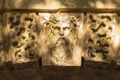 Piedra angular de la cabeza del ` s del druida, parque de Croome, Worcestershire Fotos de archivo libres de regalías