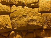 Piedra angulosa de doce Inca Hatunrumiyoc, Cuzco, Perú fotos de archivo