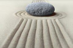 Piedra de la meditación del jardín del zen Fotos de archivo