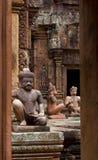 Piedra del templo de Banteay Srei tallada Fotografía de archivo