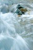 Piedra en el agua Imagenes de archivo