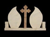 Piedra grave de mármol en fondo negro Fotos de archivo