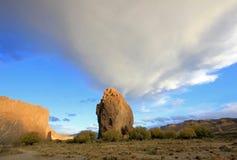 Piedra Parada monolit i den Chubut dalen, Argentina Royaltyfria Bilder