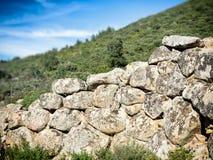 Piedra prehistórica de la pared de Nuragic Foto de archivo libre de regalías