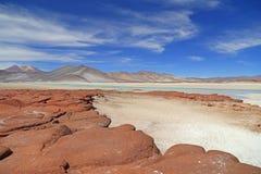 Piedra roja en el desierto de Atacama, Chile Imagen de archivo libre de regalías