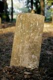 Piedra sepulcral en blanco Imagenes de archivo