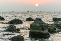 Piedra volcánica en la isla de Phu Qhoc Foto de archivo libre de regalías