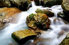 Piedra y agua Imágenes de archivo libres de regalías
