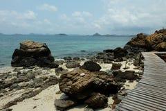 Piedra y mar grandes Foto de archivo