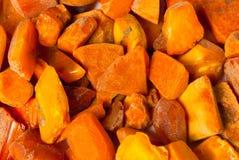 Piedras ambarinas bálticas sin procesar genuinas de la vendimia Fotografía de archivo libre de regalías