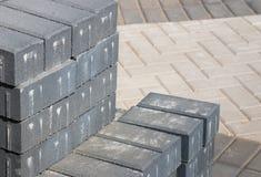 Piedras de pavimentación grises Imágenes de archivo libres de regalías