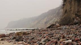 Piedras del mar del otoño imagenes de archivo