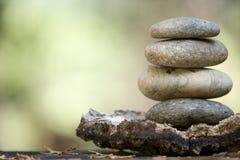 Piedras del zen empiladas Foto de archivo libre de regalías