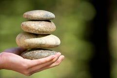 Piedras del zen empiladas Imagen de archivo libre de regalías