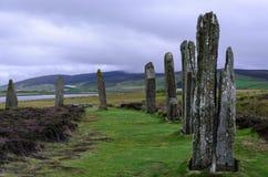 Piedras derechas en los orkneys - anillo de brodgar Foto de archivo libre de regalías