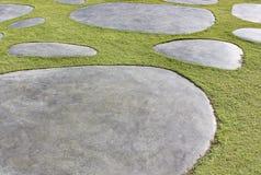 Piedras e hierba Fotografía de archivo