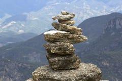 Piedras en equilibrio Foto de archivo libre de regalías