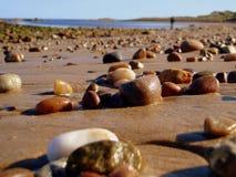 Piedras en la playa Fotos de archivo