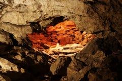 Piedras hermosas en cueva de hielo de Kungur Imagenes de archivo