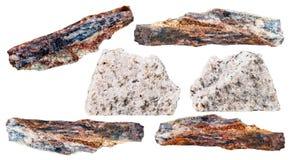 Piedras minerales del diverso esquisto aisladas en blanco Imágenes de archivo libres de regalías