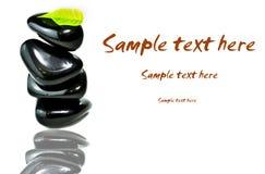Piedras negras del balneario del od de la pila Fotos de archivo libres de regalías