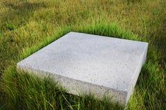 Piedras y tablero geométricos de pavimentación en fondo Imágenes de archivo libres de regalías