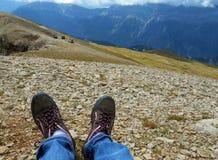 Pieds de Pyrénées d'itinéraire du paysage 4x4 de montagne photo stock