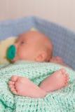 Pieds mignons de bébé photo libre de droits