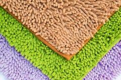 Pieds natte ou tapis de nettoyage pour propre vos pieds Image stock