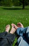Pieds sur l'herbe Photo stock