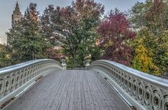 Pieghi il ponte Fotografie Stock