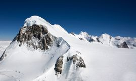 Piek in Alpen. Bovenkant van de wereld Royalty-vrije Stock Afbeelding