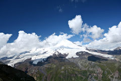 Piek Elbrus - hoogste punt in Rusland en Europa Stock Afbeelding
