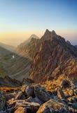 Piek in rotsachtige berg - Tatra stock afbeelding