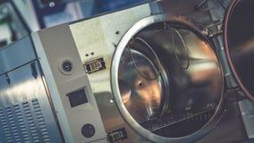 Piekarnika urządzenie W nauki laboratorium obraz stock