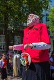 Pieke Dassen un géant de Maastrcht participé au défilé 5 géant annuel dans le centre ville photographie stock