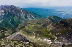 Pieken van de bergen in de zomer Royalty-vrije Stock Afbeelding