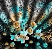 Piel de serpiente y fondo de las flores fotografía de archivo