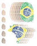 Piel y mapa múltiples de los colores de la huella dactilar del Brasil stock de ilustración