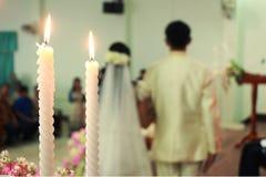 Pielenie świeczka Zdjęcia Stock