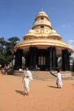 Pielgrzymi odwiedzają grobowa Sree Narayana Guru Fotografia Stock