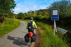 Pielgrzymi rowerzysta w Extremadura Przez przy De Los angeles Plata Obrazy Royalty Free