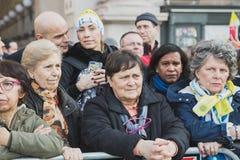 Pielgrzymi witają Jego Holiness Pope Francis Zdjęcie Stock