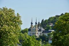 Pielgrzymka kościelny Kaeppele na wzgórzu w Wuerzburg na pogodnym zdjęcie royalty free
