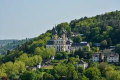 Pielgrzymka kościelny Kaeppele na wzgórzu w Wuerzburg na pogodnym fotografia royalty free
